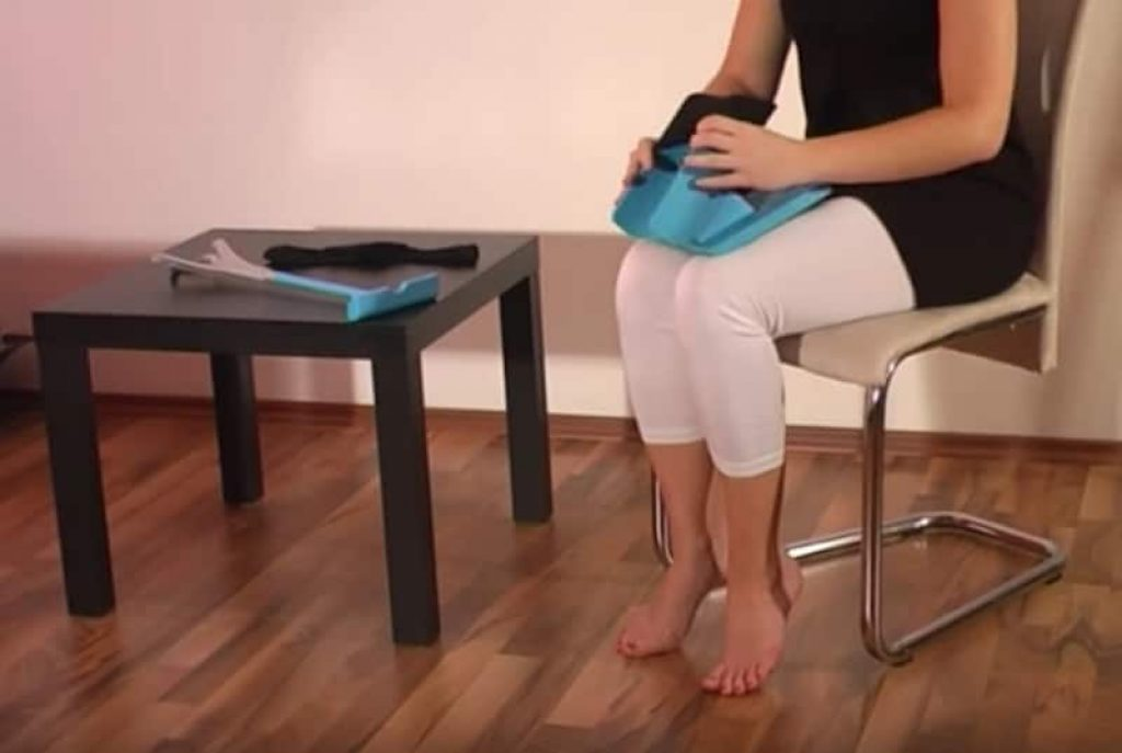 Sock-Aid: Put On Your Socks Without Bending Down